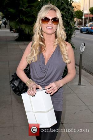 Tamra Barney Cast members of 'The Real Housewives of Orange County' eating lunch at The Ivy Los Angeles, California -...