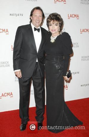Collins' Husband Undergoes Knee Surgery