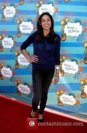 Rosario Dawson Make-A-Wish Foundation host a day of fun at the Santa Monica Pier Santa Monica, California - 14.03.10