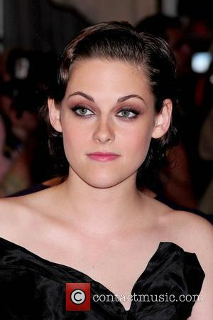 Stewart Apologises For 'Stupid' Rape Comments