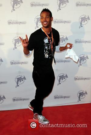 Marlon Wayans  The Miami Dolphins Tailgate Concert held at the Sun Life Stadium - Arrivals  Miami, Florida -...