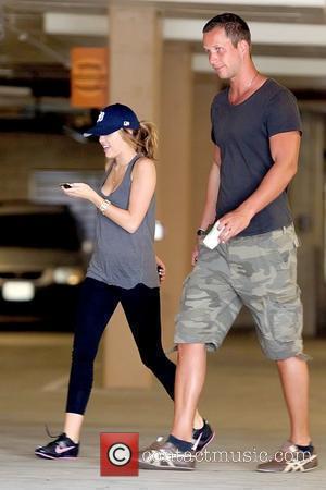 Cyrus' Sister Praises 'Great Guy' Hemsworth