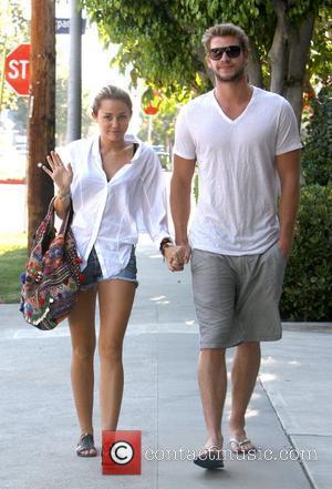Miley Cyrus Wants Liam Hemsworth Back