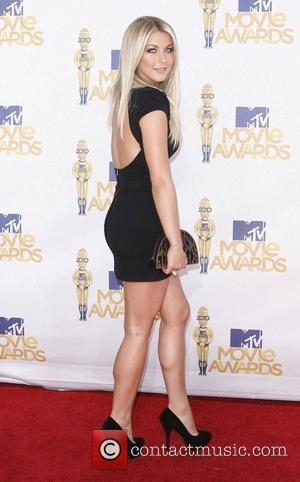 Julianne Hough 2010 MTV Movie Awards - Arrivals held at the Gibson Amphitheater at Universal Studios Universal City, California -...