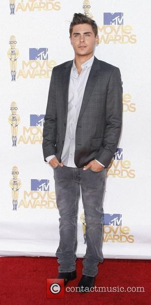 Zac Efron 2010 MTV Movie Awards - Arrivals held at the Gibson Amphitheater at Universal Studios Universal City, California -...