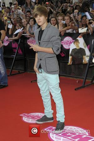 Bieber Quashes Memoirs Rumour
