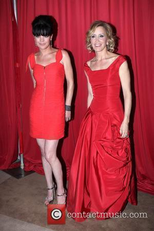 Pauley Perrette and Felicity Huffman Mercedes-Benz IMG New York Fashion Week Fall 2010 - The Heart Truth's Red Dress Collection...