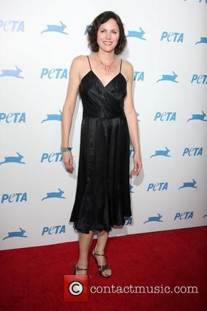 Jorja Fox And Bob Barker Help Launch Animal Cruelty Bill In Washington