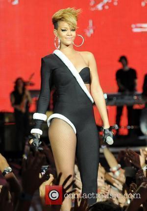 Rude Rihanna Still On Top Of The U.s. Pop Charts