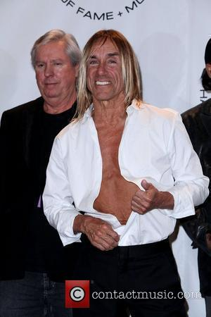 Iggy Pop Quits Stage Diving After New York Flop