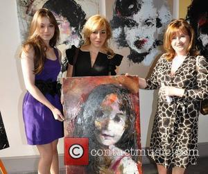 Sarah Bolger, Katarzyna Gajewska and Monica Bolger Irish actress Sarah Bolger is presented with her portrait by artist Katarzyna Gajewska...