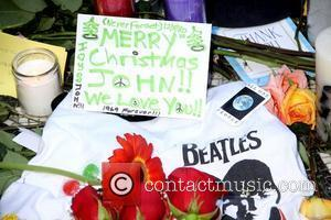 Lennon Clears Up Mccartney Remarks