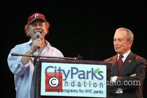 Art Garfunkel and Mayor Michael Bloomberg