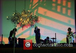 Nick Valensi, Albert Hammond Jr, Celebration, Fabrizio Moretti, Julian Casablancas, The Strokes and Tommy Hilfiger