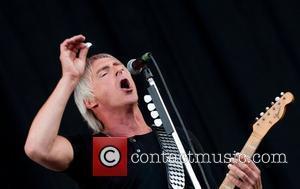 Weller Defends Age-gap Lover