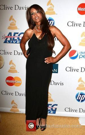 Beverly Johnson 2011 Pre-Grammy Gala and Salute to Industry Icons honoring David Geffen - Arrivals Los Angeles, California - 12.02.11