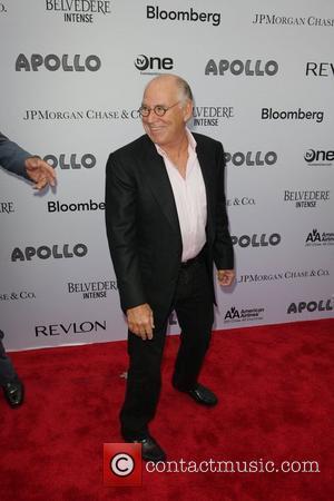 Buffett Recruits Joel And Bon Jovi For Wife's 60th