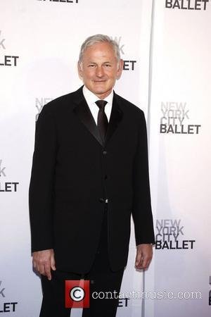 Victor Garber To Run The Angels As Charlie