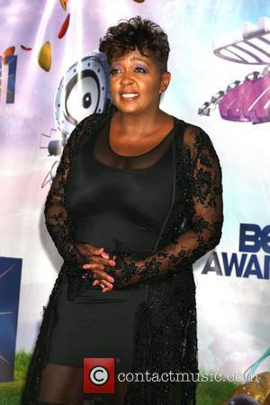 Anita Baker Calls Cops Over Alleged Trespasser