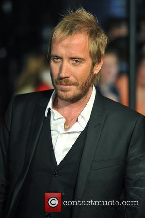 Rhys Ifans Demands Filming Breaks To See Anna Friel