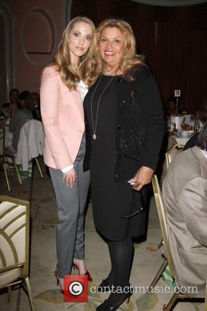 Elizabeth Berkley, Suzanne de Passe Lloyd Klein Closes LA Fashion week Fall/Winter 2012 In support of the Guild of Big...