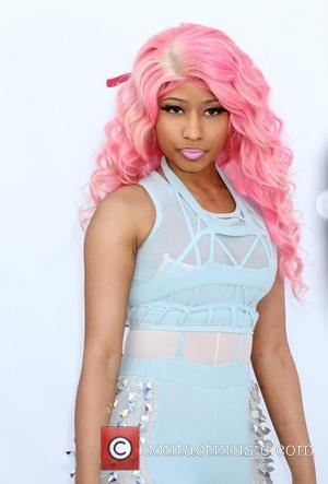 Nicki Minaj Warns Fans About Fake Gig
