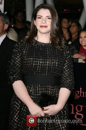 Stephenie Meyer In No Rush To Read 'Fifty Shades Of Grey'