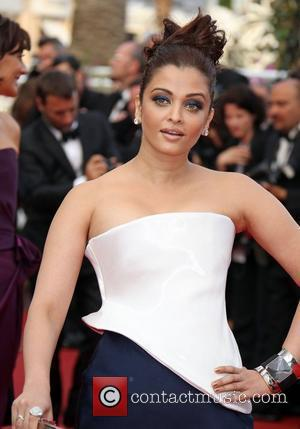 Aishwarya Rai Bachchan  2011 Cannes International Film Festival - Day 2 - Sleeping Beauty - Premiere Cannes, France -...