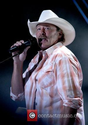 Alan Jackson To Play Car Park Show To Benefit Earthquake Town