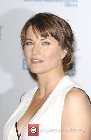 Lucy Lawless Rallies Against Offshore Drilling