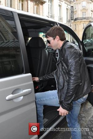 James Blunt leaving his hotel in Paris to appear on 'The X Factor' Paris, France - 31.05.11