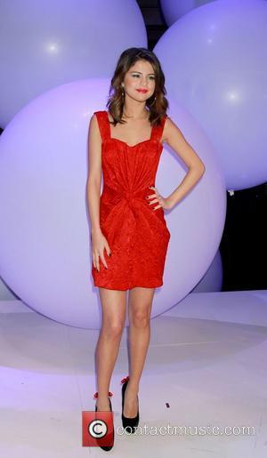 Selena Gomez Left Red-faced By Tv Justin Bieber Probe