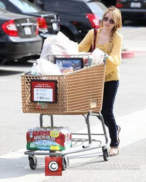 Emma Roberts shopping at Pavilions in West Hollywood West Hollywood, California - 14.07.11