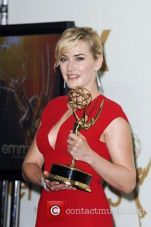 Kate Winslet 'Thrilled' By Guy Pearce's Saucy Speech