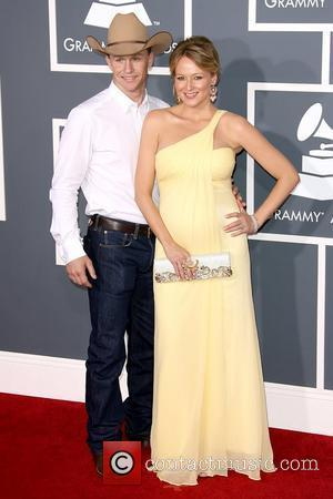 Jewel and Ty Murray The 53rd Annual GRAMMY Awards at the Staples Center - Red Carpet Arrivals Los Angeles, California...