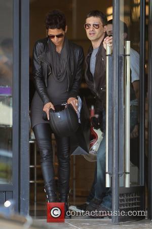 Halle Berry, Helmet and Olivier Martinez