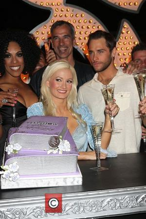 Holly Madison, Josh Strickland, Cheaza, Jerry Mitchell and the cast of Peepshow celebrate two remarkable years at Planet Hollywood Resort...