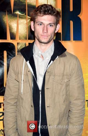 Alex Pettyfer  'I Am Number Four' in-store signing at Hot Topic in the Westfield Mall Paramus, New Jersey -...