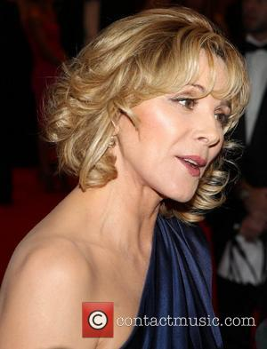 Kim Cattrall Takes Aim At Reporter Over 'Silly Question'