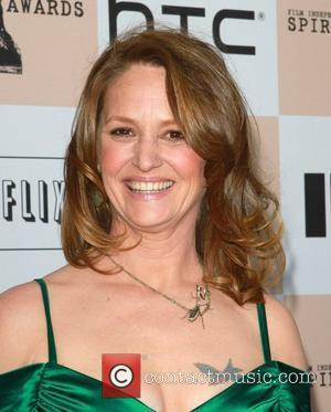 Melissa Leo Curses On Air As She Takes Home Best Supporting Actress Oscar