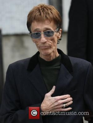 Robin Gibb Pulls Out Of Live Performance