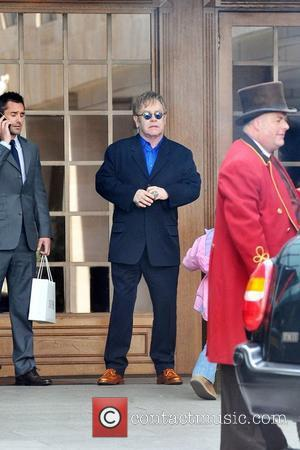 Sir Elton's Rep Dismisses Helicopter Tale