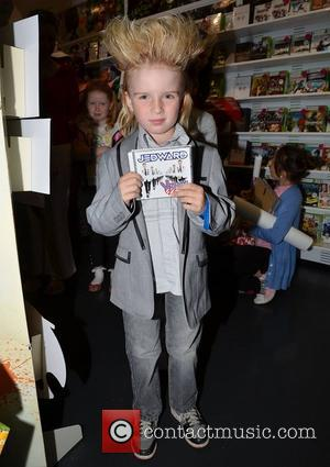 Jedward Fan Jedward launch their new album 'Victory' at HMV Dundrum Many fans camped out the night before in order...