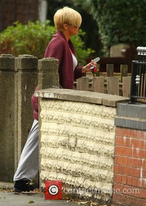 Kerry Katona  leaving her mother's house  Warrington, England - 19.09.11
