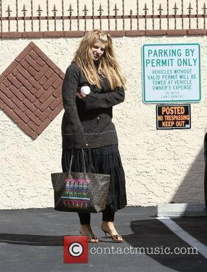 Kirstie Alley Gets Supportive Tweets After Fall