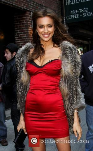 Irina Shayk To Star On Sports Illustrated Swimsuit Cover