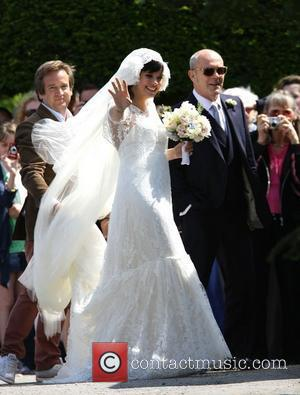 Lily Allen, alongside father Keith Allen, arriving for her wedding to Sam Cooper Cranham, Gloucestershire - 11.06.11