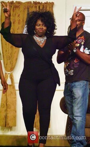 Angie Stone Heads For Chicago