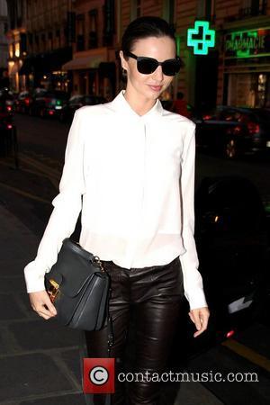 Miranda Kerr To Model $2.5 Million Victoria's Secret Bra