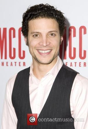 So, Is American Idol's Justin Guarini Living In Poverty or Not?